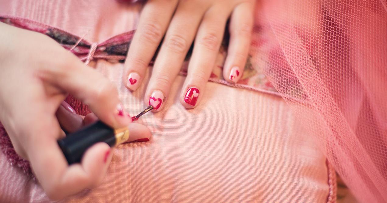 Nail-Art für die Fingernägeln - Ein Stück Luxus